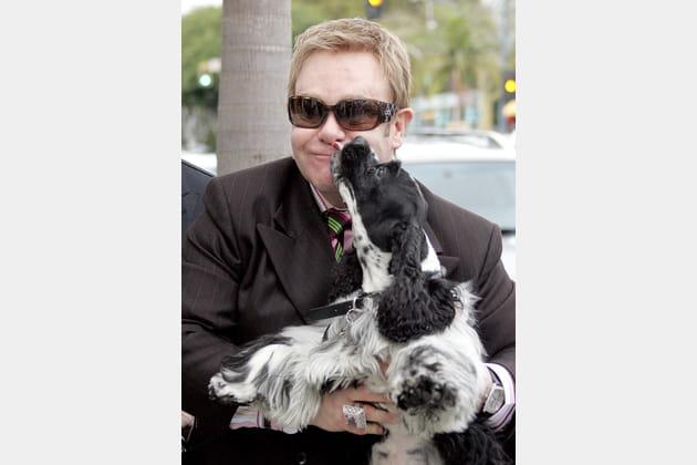 Elton John partage un tendre moment avec Arthur