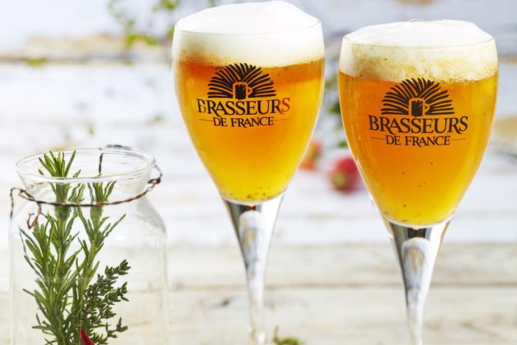 Cocktail de Bière de Printemps, mangue, romarin et piment