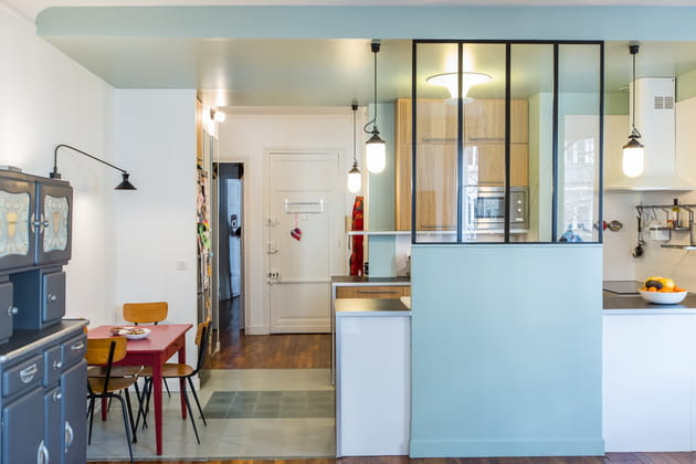 Une cuisine devenue lieu de passage