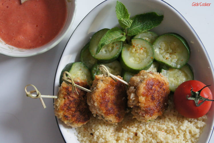 Boulettes de poulet, menthe et tomates séchées