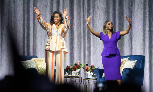 Michelle Obama et Isha Sesay à l'AccorHotels Arena de Paris