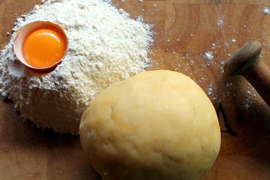 Comment faire une bonne pâte brisée sans se salir?