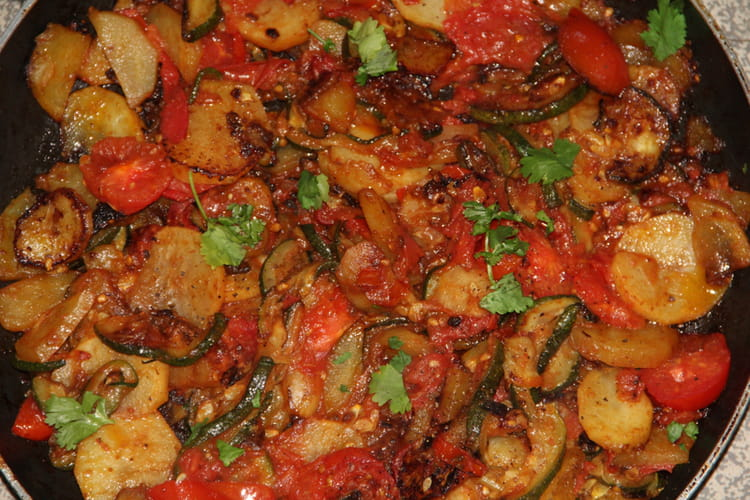 Poêlée de courgettes et tomates aux épices