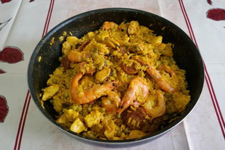 Paëlla poulet, chorizo, crevettes, moules facile