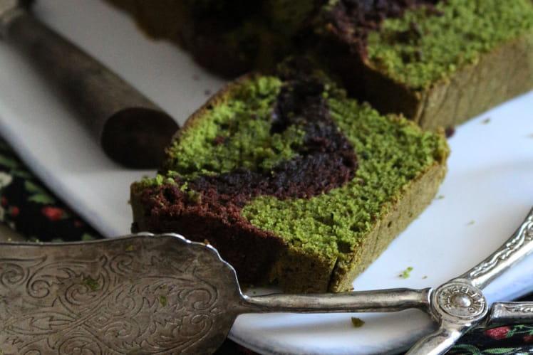Cake marbré au chocolat et thé matcha