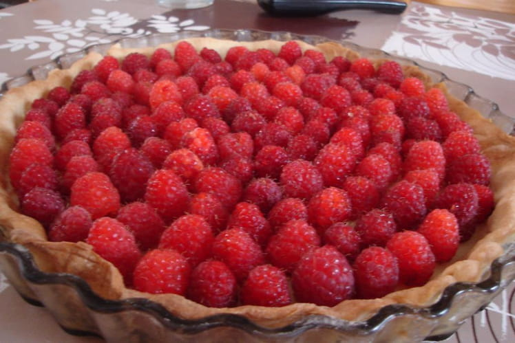 recette tarte aux framboises et au chocolat blanc tarte dessert. Black Bedroom Furniture Sets. Home Design Ideas