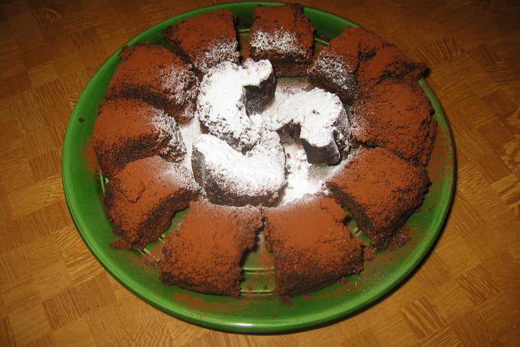 Gâteau au chocolat, amandes et miel
