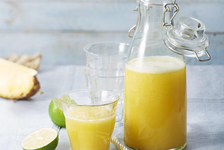 Jus ananas, citron vert et gingembre