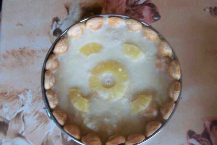 Bavarois exotique à l'ananas et au citron