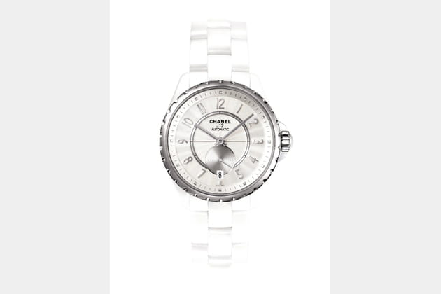 Montre Chanel J12-365 blanche