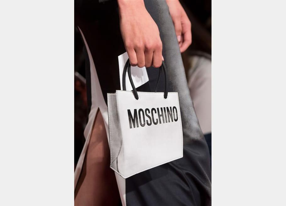 Moschino (Close Up) - photo 25