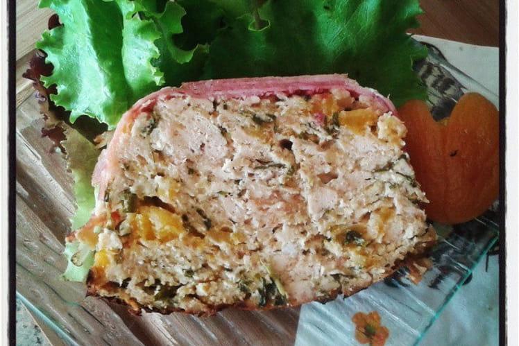 Terrine de poulet aux abricots secs, muscat de Rivesaltes et à l'estragon