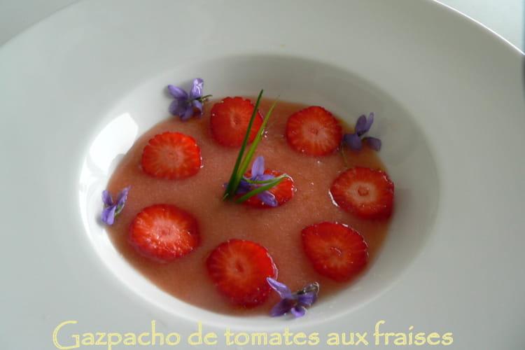 Gazpacho de tomates aux fraises