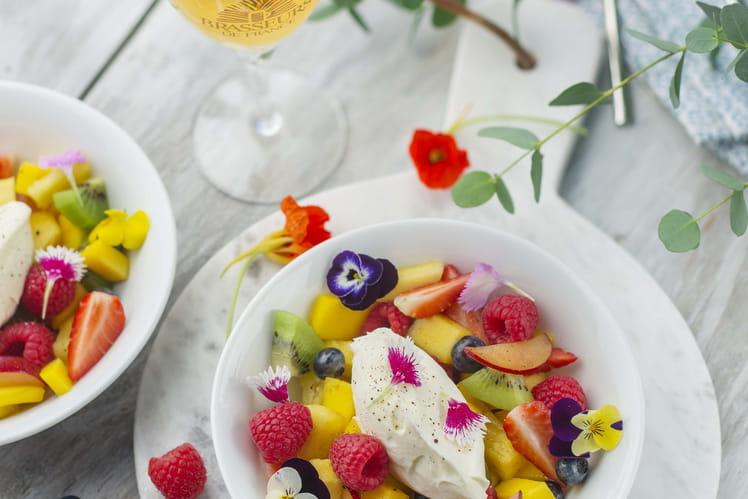 Salade de fruits aux fleurs