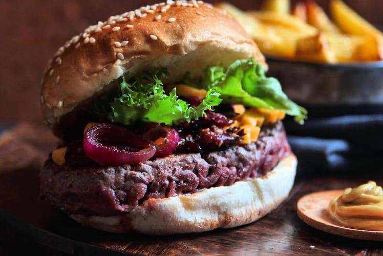 Cheeseburger aux graines de sésame