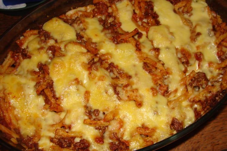 Gratin de pâtes à la viande hachée et au gouda