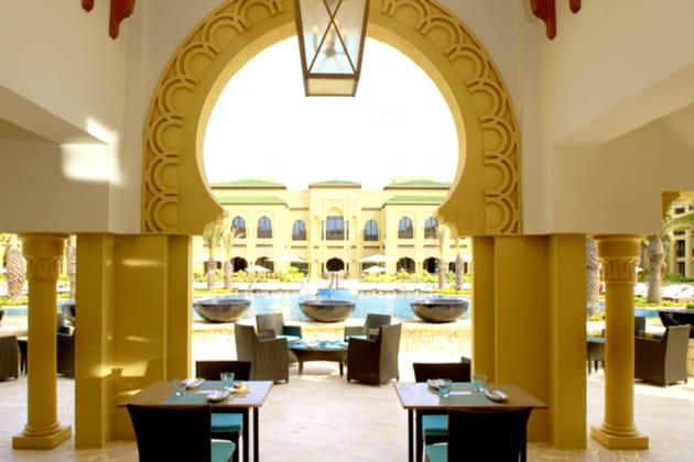DEUXIÈME JOUR: Petit dejeuner au restaurant Olives