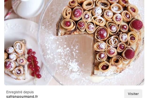 Gâteau de crêpes Bouquet de roses vanille et chocolat