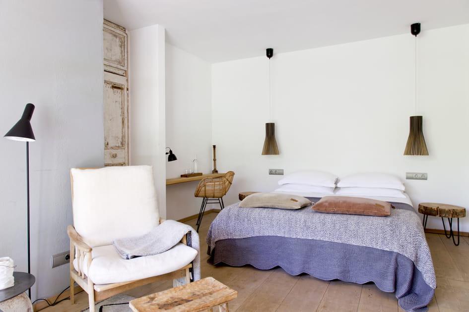 Une chambre tendance wabi sabi