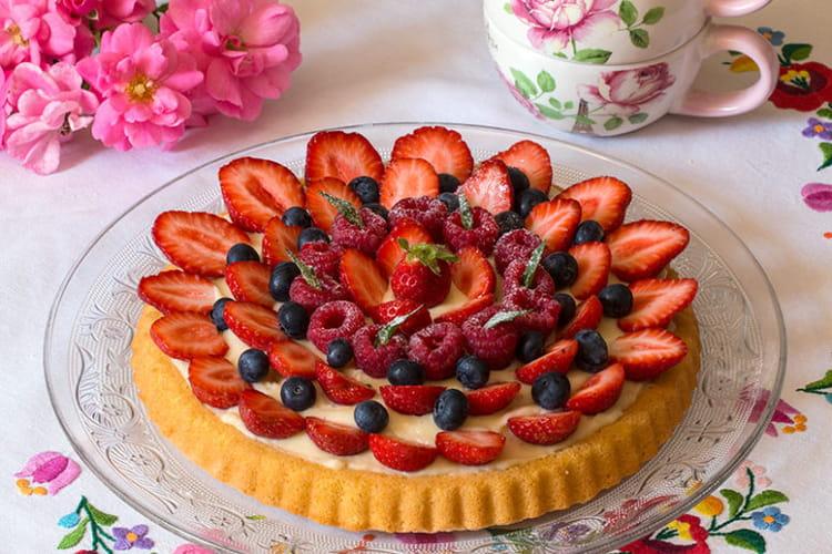 Tarte génoise aux fruits rouges