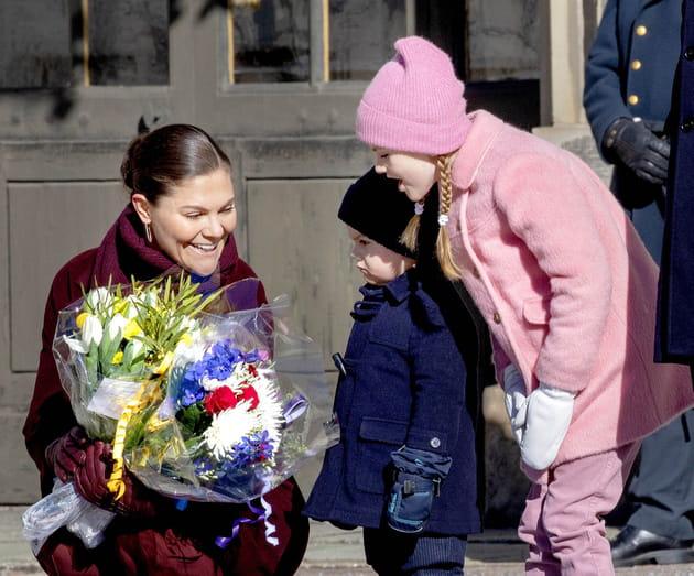 Victoria de Stockholm et ses enfants Oscar et Estelle fêtent la Sainte Victoria