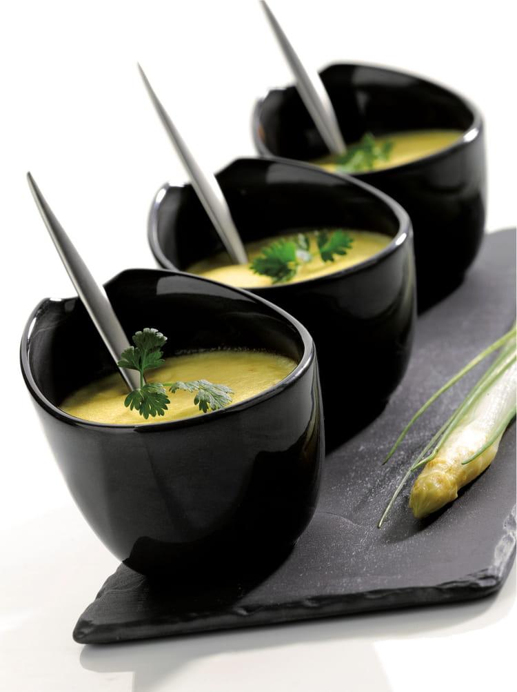 Verrines de mousse d asperges - Cuisiner des asperges blanches ...