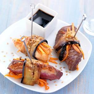 bouchées de magret de canard roulées aux aubergines grillées
