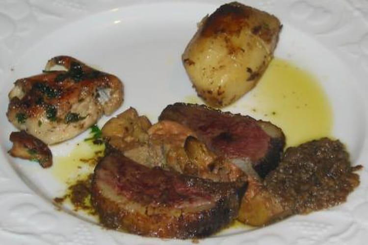 Magret de canard, foie gras et cèpes