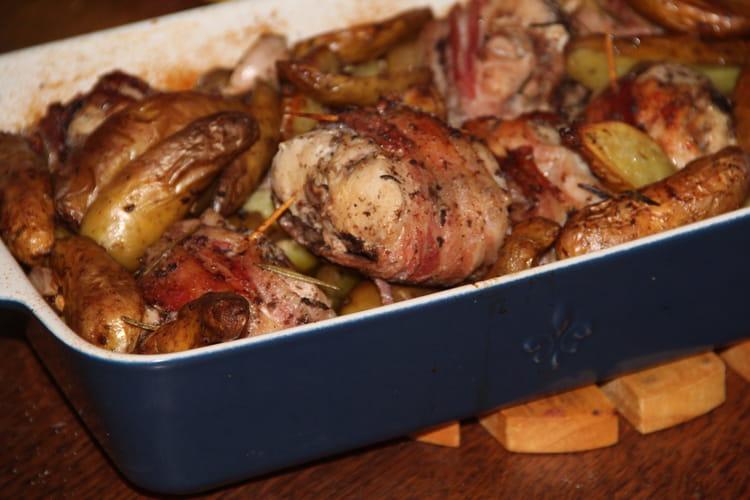 Recette de r bles de lapin la tapenade noire au lard et - Cuisiner le lapin au four ...