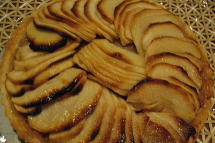 Tarte aux mûres des bois et aux pommes