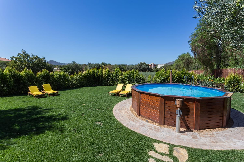 Piscine hors sol: choix du type de piscine, entretien et sécurité