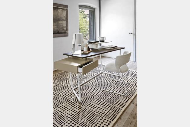 Bureau Layers créé par Gino Carollo pour Calligaris