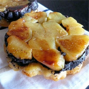 tatins de boudin noir aux pommes.
