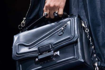 Versace (Close Up) - photo 42