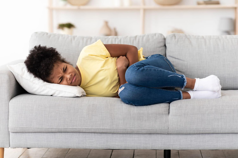 Mal de ventre chez l'enfant: causes, traitement, quand consulter?