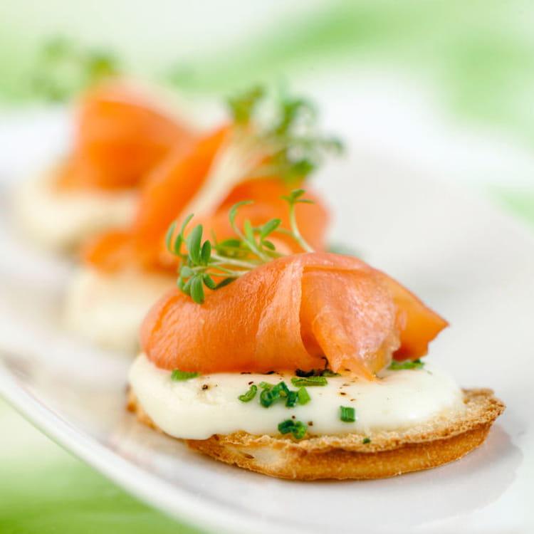 Recette de toasts de saumon de norv ge fum la for Entradas francesas