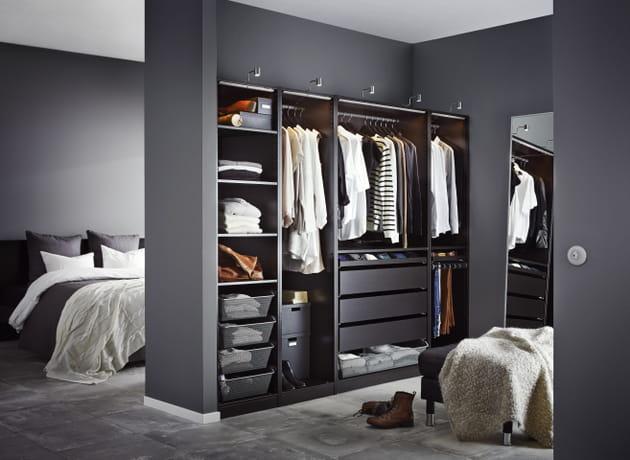 Dressing IKEA ouvert