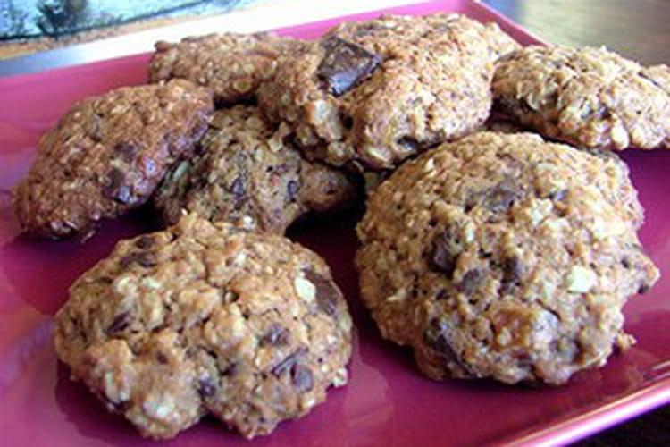 Cookies au chocolat, céréales et fruits rouges