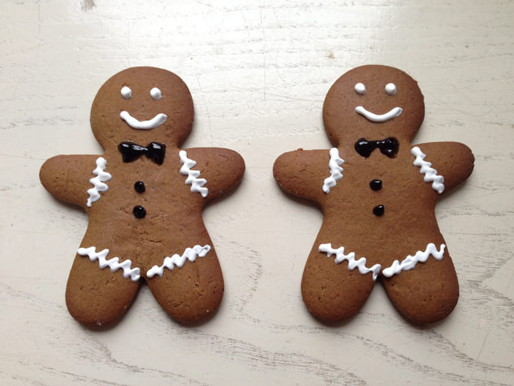 Recette de biscuits de noel gingerbread man cookie la recette facile - Recette biscuits de noel facile ...