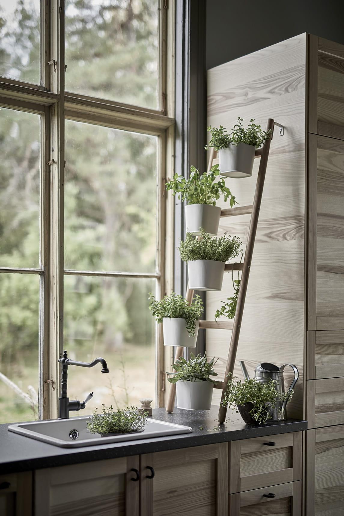 Etagere Pour Plantes Interieures coup de cœur : les supports pour plantes satsumas d'ikea