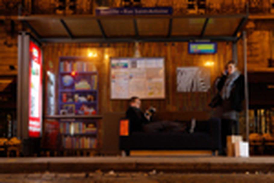 Ikea transforme les abribus en salons