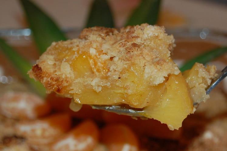 Crumble à l'ananas et clémentines