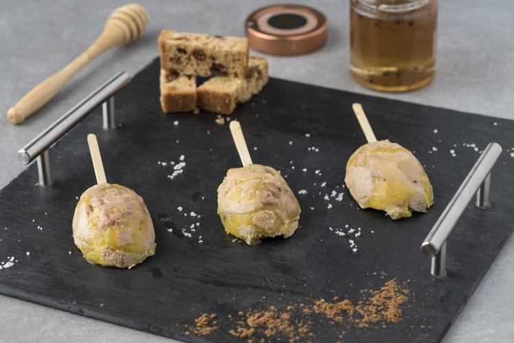 Sucettes de foie gras au miel et truffes