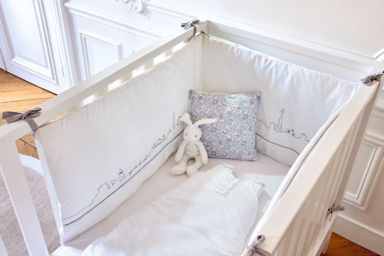 tour de lit chalet des iles par jacadi. Black Bedroom Furniture Sets. Home Design Ideas