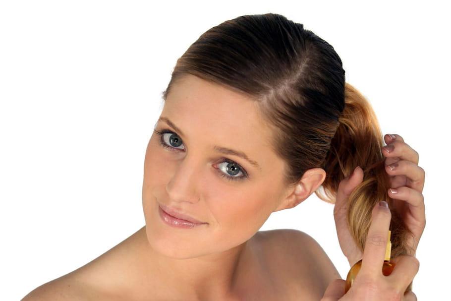 Comment utiliser la poudre de cheveux?