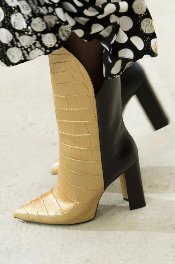 Les bottes bicolores du défilé Louis Vuitton