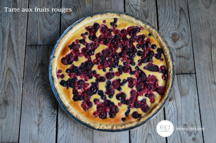 recette tarte aux fruits rouges tarte dessert. Black Bedroom Furniture Sets. Home Design Ideas