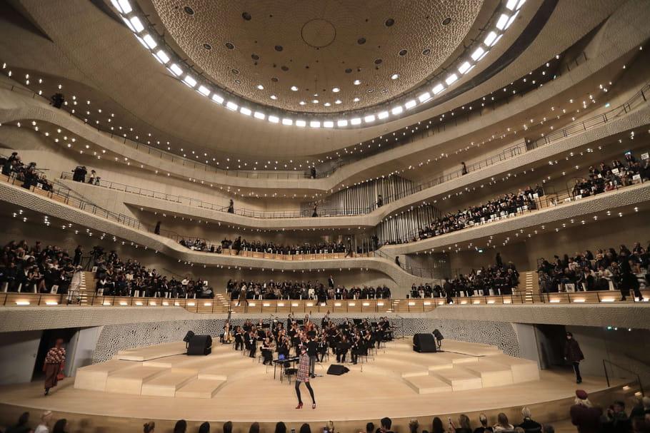 Chanel métiers d'art2017: un défilé arrivé à bon port