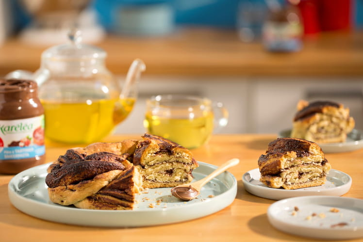 Gâteau scones tressés à la pâte à tartiner