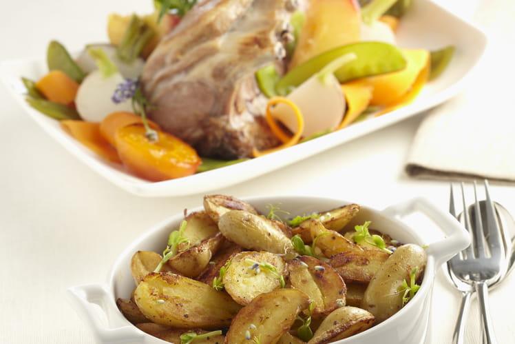 Carré d'agneau, petits légumes et Ratte du Touquet rissolées